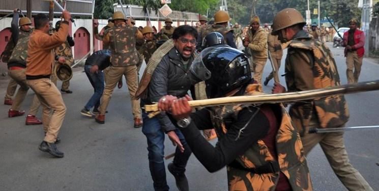 ادامه اعتراضات به قانون جنجالی در هند؛ 3 نفر کشته شدند
