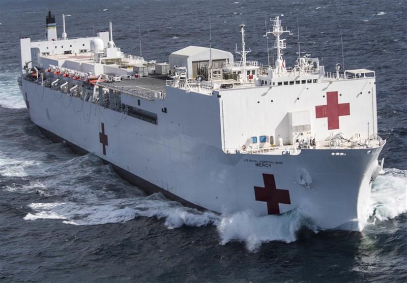 کرونا، ورود کشتی بیمارستانی ارتش آمریکا به نیویورکِ بحران زده