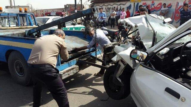 کشته شدن پنج نفر در تصادف دو خودروی سواری