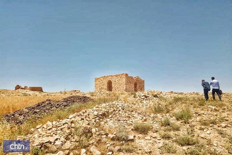 بازسازی بنای سنگی زرد در شهرستان مانه و سملقان