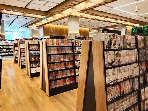 مهم ترین کتابفروشی ژاپنی در ابوظبی شعبه خود را افتتاح کرد