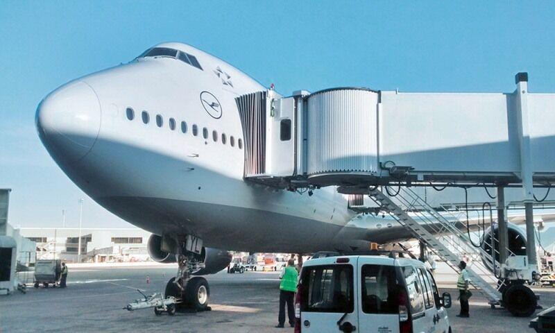 خبرنگاران فرودگاه مشهد به چهار دستگاه ایربریج جدید مجهز شد