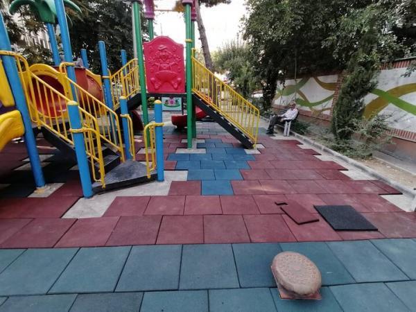 احداث زمین بازی بچه ها در بوستان های منطقه 3