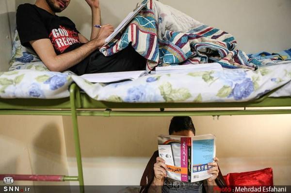 حدود 100 نفر از دانشجویان تحصیلات تکمیلی در خوابگاه های دانشگاه بیرجند اسکان دارند خبرنگاران