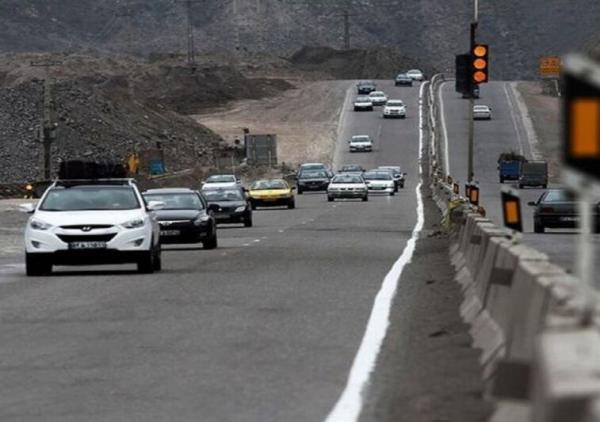 خبرنگاران حجم رفت و آمد جاده ای در غرب خراسان رضوی افزون بر دو برابر شد