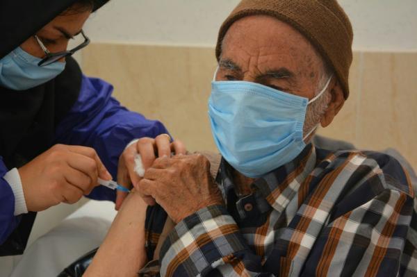 خبرنگاران سالمندان بالای 85 سال استان مرکزی برای واکسیناسیون کرونا مراجعه نمایند